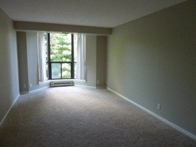 vacant room staging