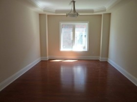 vacant property dining room staging